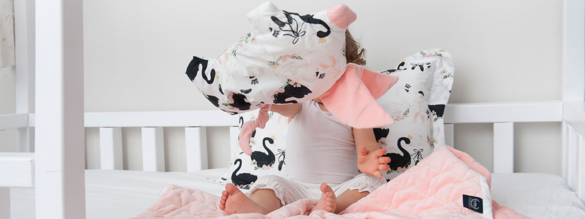 La Millou Sleepy Pig Velvet Collection